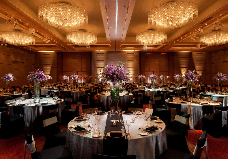 Double happiness wedding and honeymoon get inspired weddings doubletree by hilton kuala lumpur photo courtesy of hilton hotels resorts junglespirit Image collections
